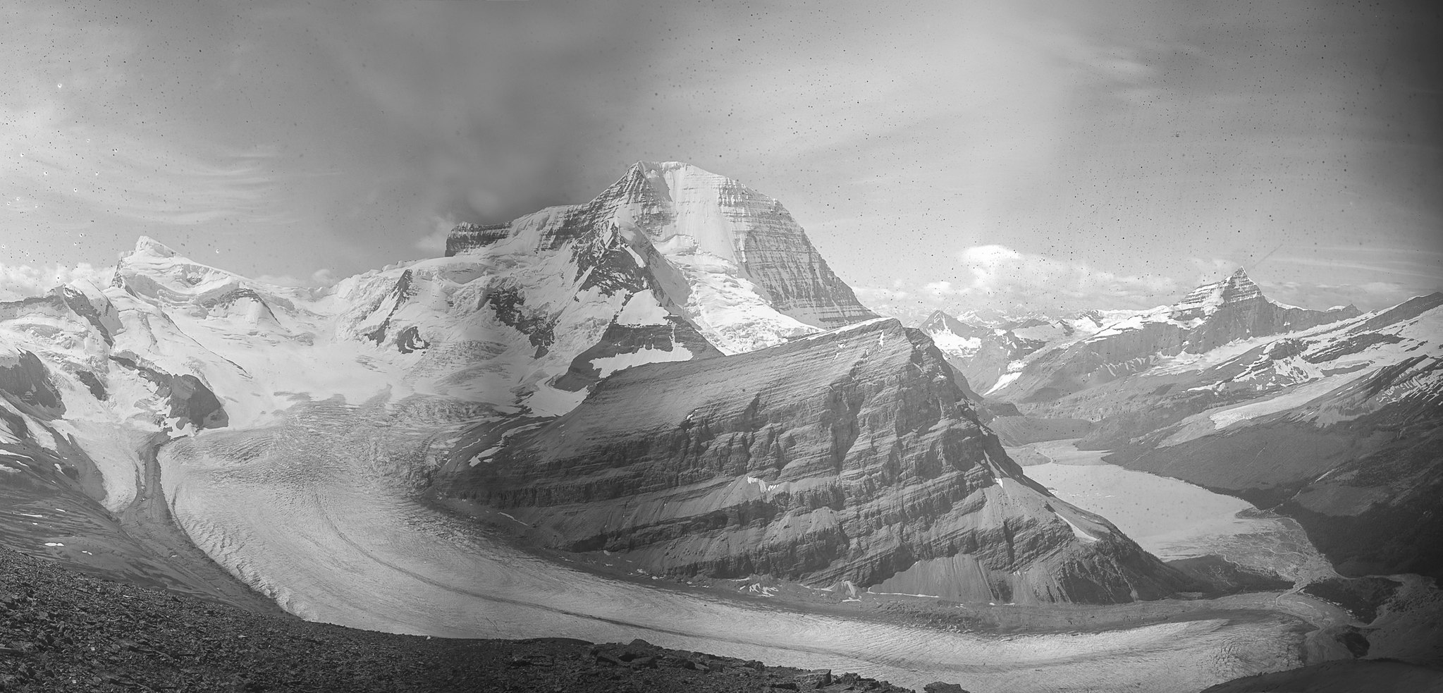 Mt. Robson from Ptarmigan Ridge - A. O. Wheeler, 1911